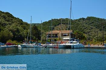 Vathy - Meganisi eiland bij Lefkas - Foto 39 - Foto van De Griekse Gids