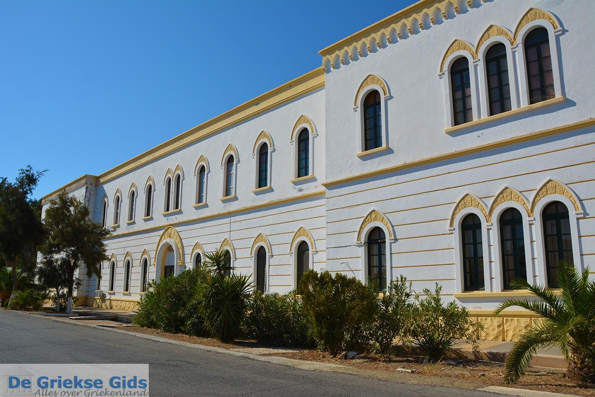 foto Lakki - Eiland Leros - Griekse Gids Foto 2