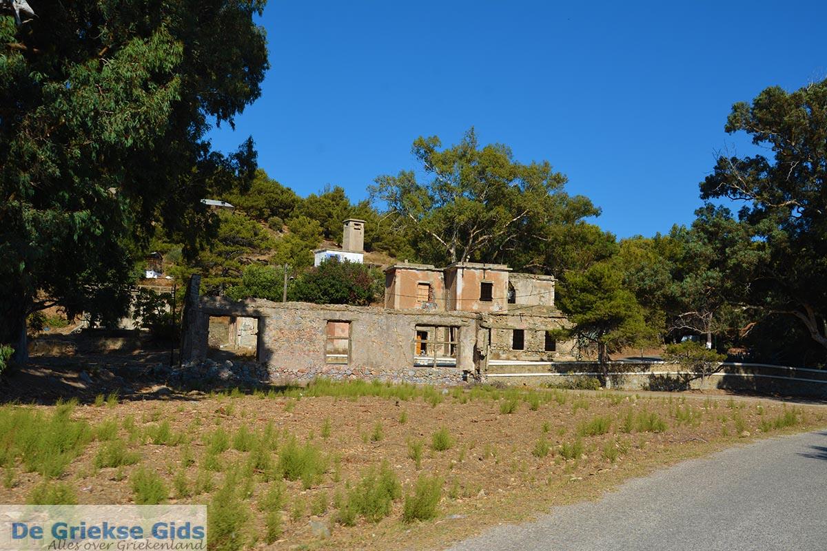 foto Lakki - Eiland Leros - Griekse Gids Foto 16