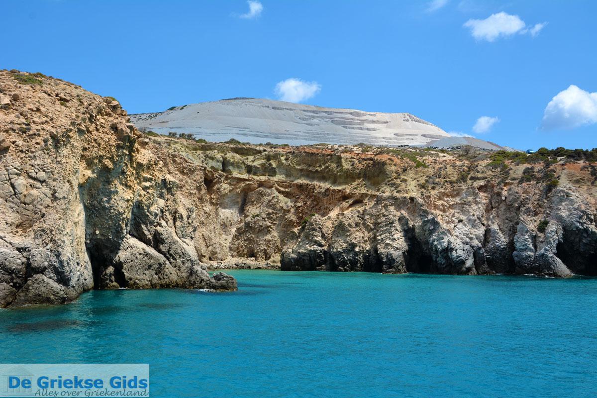 foto Bij Fyriplaka en Tsigrado Milos   Cycladen Griekenland   Foto 36