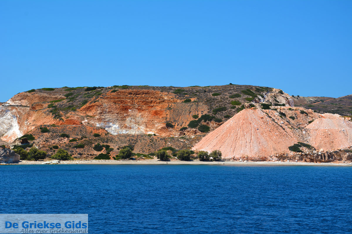 foto De oostkust van Milos   Cycladen Griekenland   Foto 17