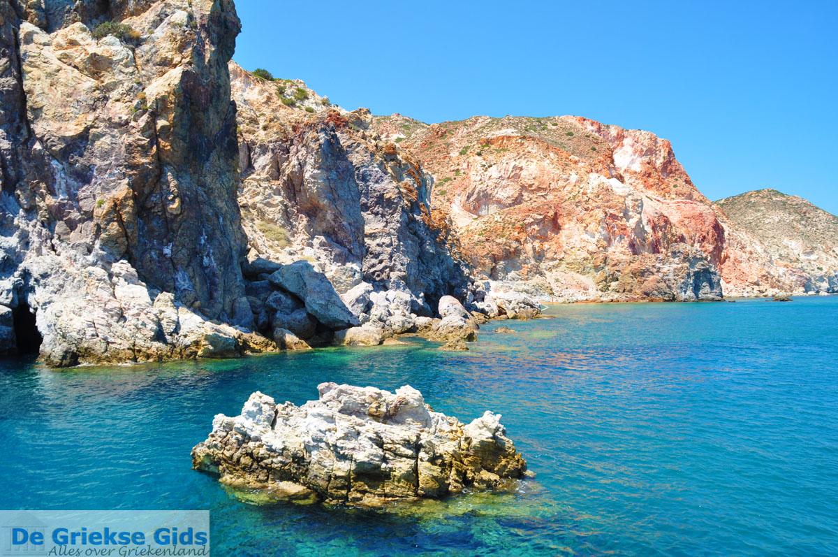 foto Thiorichia Milos   Cycladen Griekenland   Foto 1