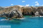 Bij Fyriplaka en Tsigrado Milos | Cycladen Griekenland | Foto 30 - Foto van De Griekse Gids