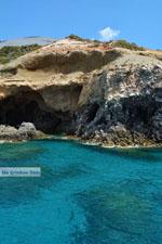 Bij Fyriplaka en Tsigrado Milos | Cycladen Griekenland | Foto 46 - Foto van De Griekse Gids