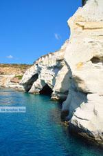 JustGreece.com Kleftiko Milos | Cycladen Griekenland | Foto 40 - Foto van De Griekse Gids