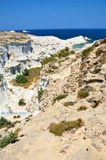 JustGreece.com Sarakiniko Milos | Cycladen Griekenland | Foto 101 - Foto van De Griekse Gids