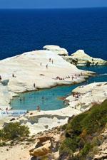 Sarakiniko Milos | Cycladen Griekenland | Foto 105 - Foto van De Griekse Gids