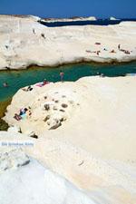 Sarakiniko Milos | Cycladen Griekenland | Foto 150 - Foto van De Griekse Gids