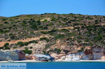 De oostkust van Milos   Cycladen Griekenland   Foto 22 - Foto van De Griekse Gids