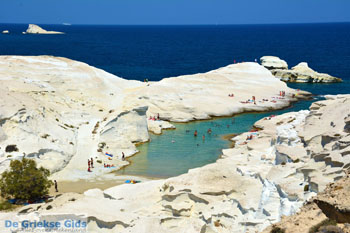 Sarakiniko Milos | Kykladen Griechenland | Foto 111 - Foto GriechenlandWeb.de