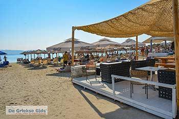 Foto Agios Georgios Beach - Saint George Beach Naxos 1 - Foto van https://www.grieksegids.nl/fotos/naxos/normaal/agios-georgios-saint-george-beach-naxos-001.jpg