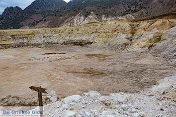 Vulkaan Nisyros - Dodecanese foto 13 - Foto van https://www.grieksegids.nl/fotos/nisyros/350pix/nisyros-vulkaan-013.jpg