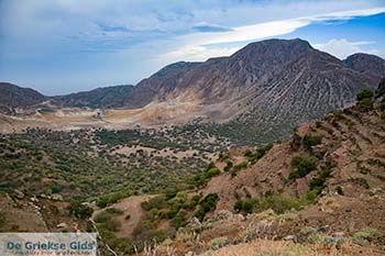 Vulkaan Nisyros - Dodecanese foto 22 - Foto van https://www.grieksegids.nl/fotos/nisyros/350pix/nisyros-vulkaan-022.jpg