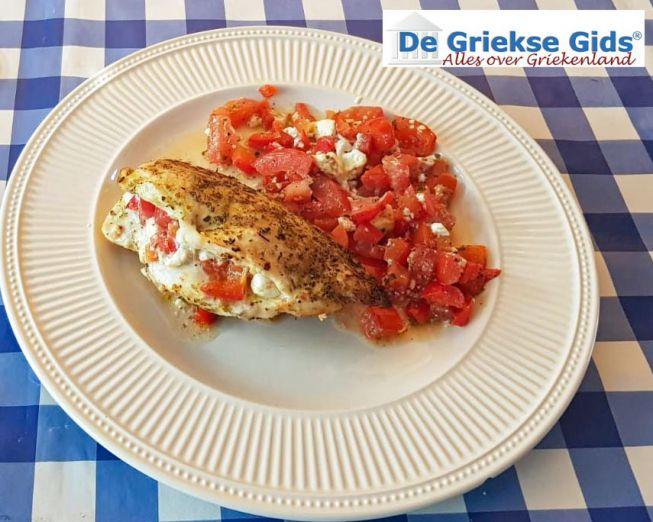Gevulde Griekse kip met feta