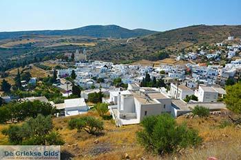 Lefkes Paros - Cycladen -  Foto 1 - Foto van https://www.grieksegids.nl/fotos/paros/lefkes/350pix/lefkes-paros-001.jpg