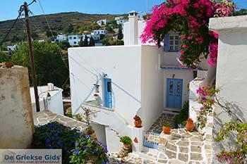 Lefkes Paros - Cycladen -  Foto 32 - Foto van https://www.grieksegids.nl/fotos/paros/lefkes/350pix/lefkes-paros-032.jpg
