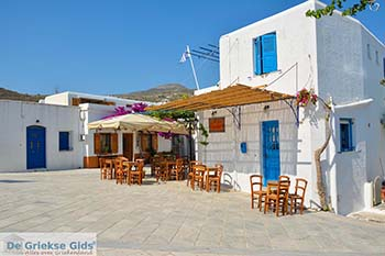 Lefkes Paros - Cycladen -  Foto 48 - Foto van https://www.grieksegids.nl/fotos/paros/lefkes/350pix/lefkes-paros-048.jpg