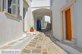 Lefkes Paros - Cycladen -  Foto 61 - Foto van https://www.grieksegids.nl/fotos/paros/lefkes/350pix/lefkes-paros-061.jpg