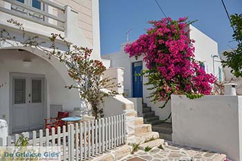 Parikia Paros - Cycladen -  Foto 72 - Foto van https://www.grieksegids.nl/fotos/paros/parikia/350pix/parikia-paros-072.jpg