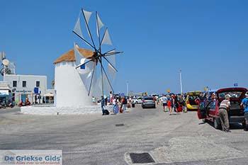 Parikia Paros - Cycladen -  Foto 92 - Foto van https://www.grieksegids.nl/fotos/paros/parikia/350pix/parikia-paros-092.jpg