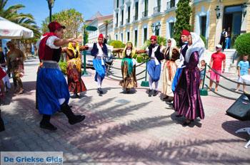Pasen in Aedipsos | Evia Pasen | De Griekse Gids foto 86 - Foto van https://www.grieksegids.nl/fotos/pasen/normaal/pasen-griekenland-147.jpg