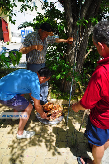 Pasen in Aedipsos | Evia Pasen | De Griekse Gids foto 216 - Foto van https://www.grieksegids.nl/fotos/pasen/normaal/pasen-griekenland-277.jpg