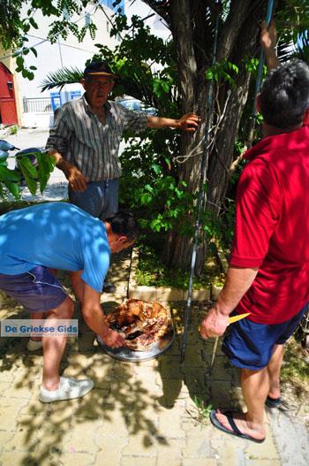 Pasen in Aedipsos | Evia Pasen | De Griekse Gids foto 217 - Foto van https://www.grieksegids.nl/fotos/pasen/normaal/pasen-griekenland-278.jpg