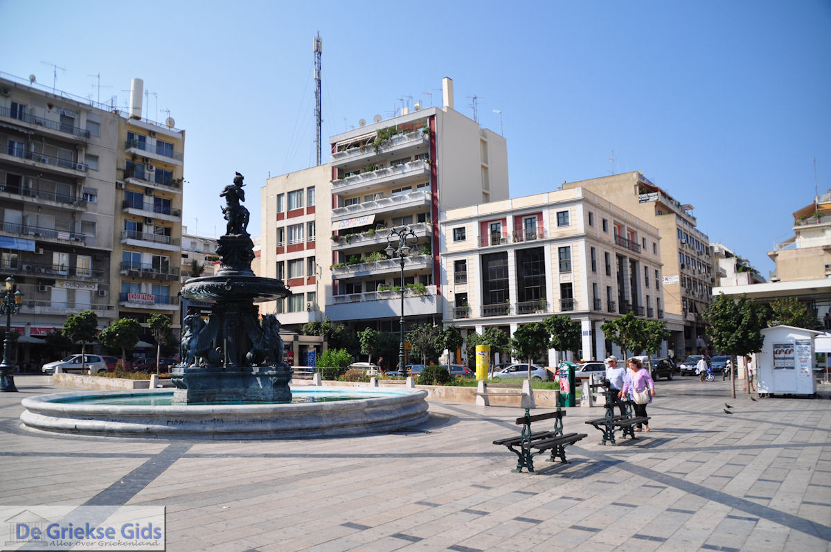 foto Centrale plein Patras -  Peloponessos - Foto 3
