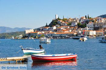 Poros vanaf Galatas gezien | Argolis Peloponessos | Griechenland | Foto 8 - Foto von GriechenlandWeb.de