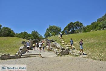 Antiek Olympia - Elia foto 4 - Foto van https://www.grieksegids.nl/fotos/peloponnesos/elia/olympia/350pix/olympia-elia-004.jpg