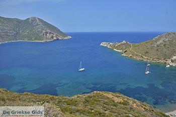 Porto Kagio Mani - Lakonia Peloponnesos foto 5 - Foto van https://www.grieksegids.nl/fotos/peloponnesos/lakonia/porto-kagio-mani/350pix/porto-kagio-mani-005.jpg