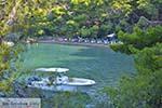 Love Bay op Poros (Saronische eilanden) nr3 - Foto van De Griekse Gids