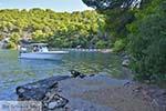 Love Bay op Poros (Saronische eilanden) nr4 - Foto van De Griekse Gids