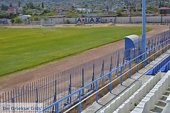 Stadion van Aias Salamis foto 4 - Foto van https://www.grieksegids.nl/fotos/salamina/normaal/salamis-saronische-eilanden-043.jpg
