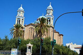 Grote kerk in Karlovassi Samos | Griekenland foto 1 - Foto van https://www.grieksegids.nl/fotos/samos/normaal/karlovassi-kerk-samos-046.jpg