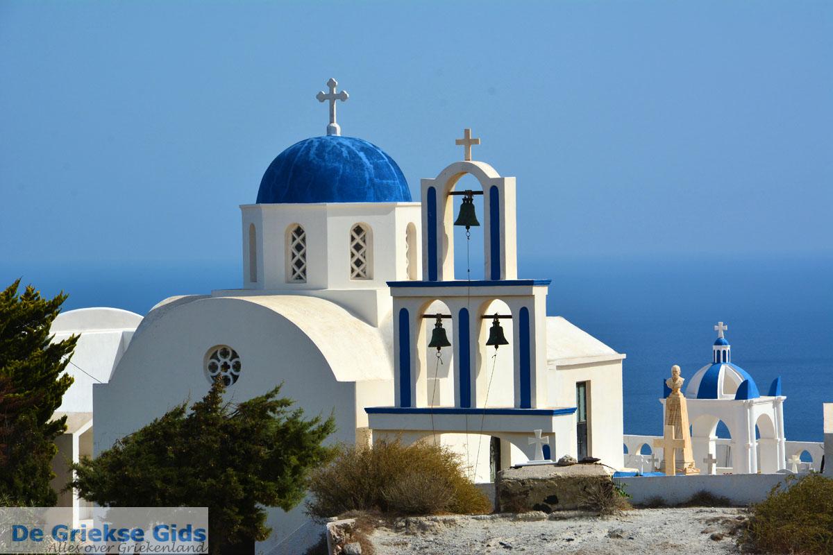 foto Kerk bij Kamari Santorini   Cycladen Griekenland    Foto 83