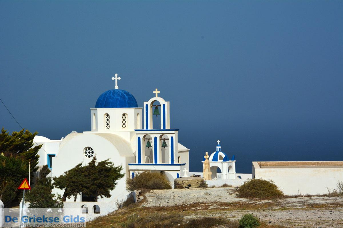 foto Kerk bij Kamari Santorini | Cycladen Griekenland  | Foto 86