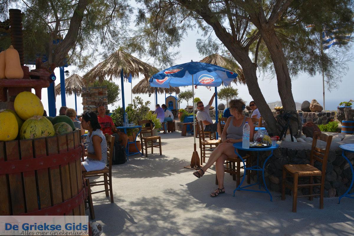 foto Ergens langs de weg op Santorini | Cycladen Griekenland | Foto 6