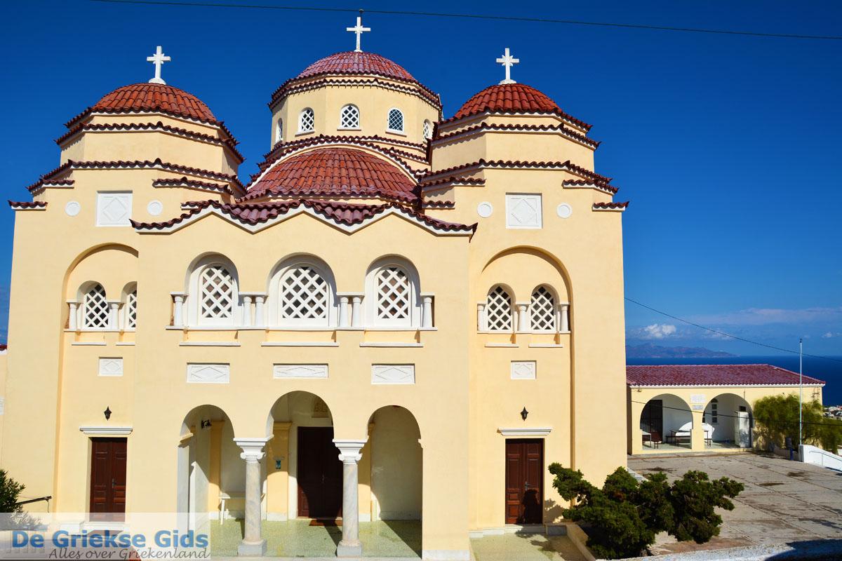 Pyrgos Santorini  Holidays in Pyrgos Greece