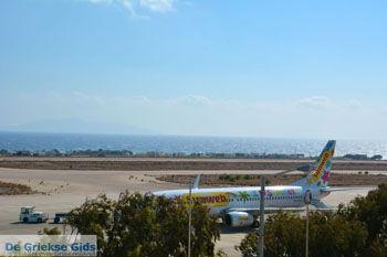 Luchthaven Santorini | Cycladen Griekenland | Foto 2 - Foto van https://www.grieksegids.nl/fotos/santorini/normaal/luchthaven-santorini-002.jpg