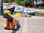 Kanon in het havntje van Skiathos-stad
