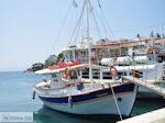 Bootje Columbus uit Mama-Mia in Skiathos-stad foto 2 - Foto van De Griekse Gids