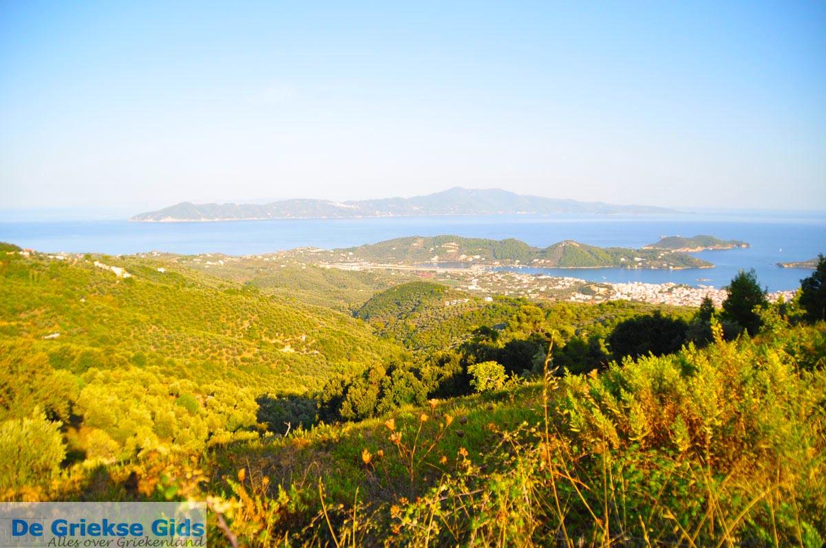 foto Panoramafoto Skiathos stad | Skiathos Sporaden | De Griekse Gids foto 5
