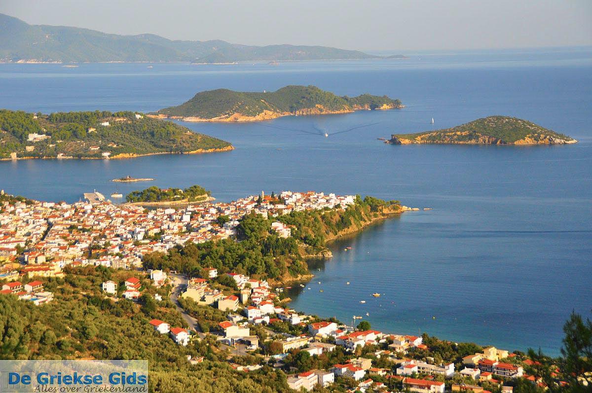 foto Panoramafoto Skiathos stad | Skiathos Sporaden | De Griekse Gids foto 14