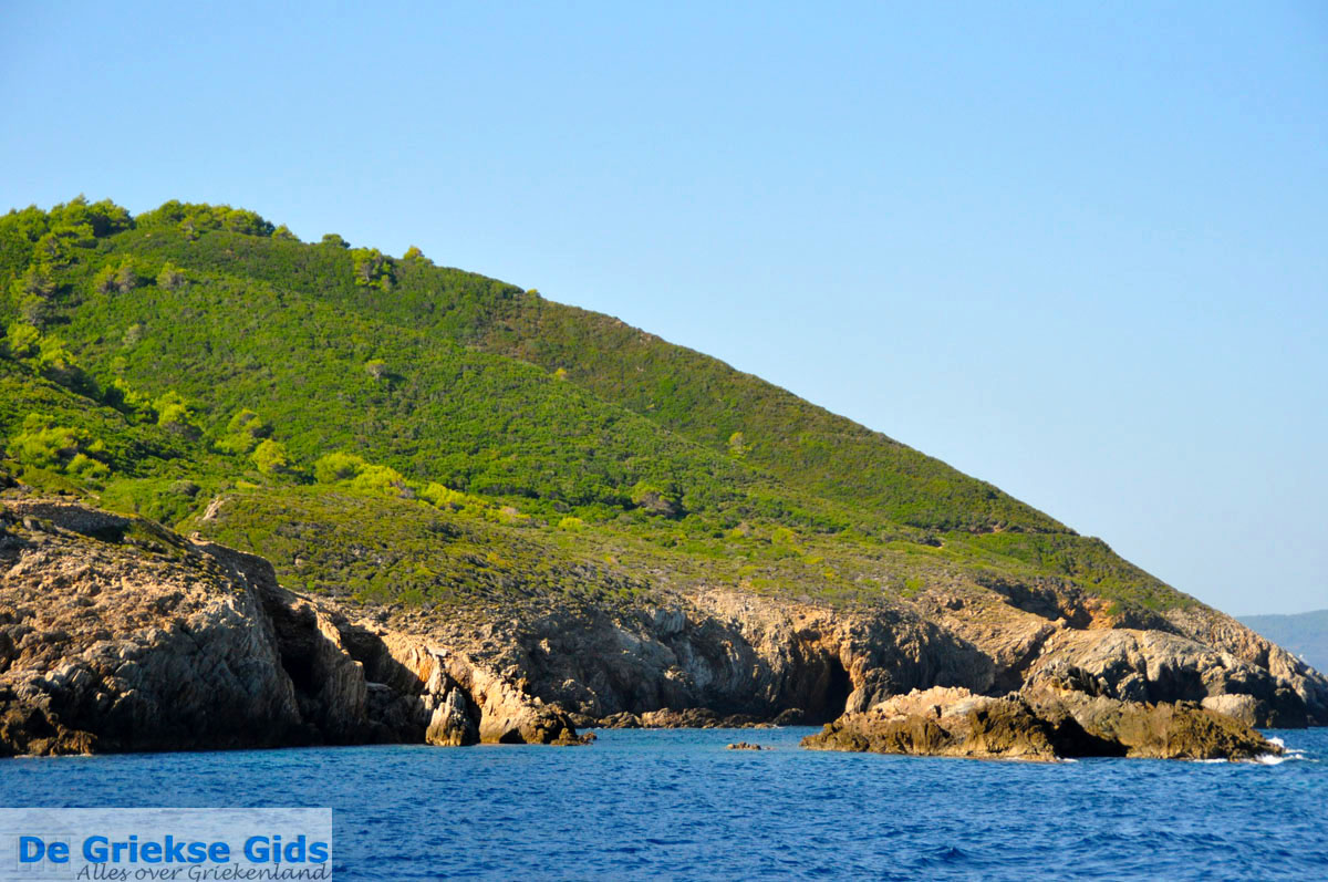 foto De groene oostkust van Skopelos | Sporaden Griekenland foto 5