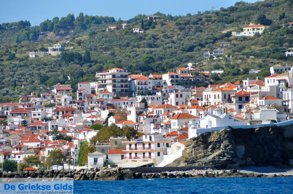 foto Skopelos stad   Sporaden Griekenland foto 2