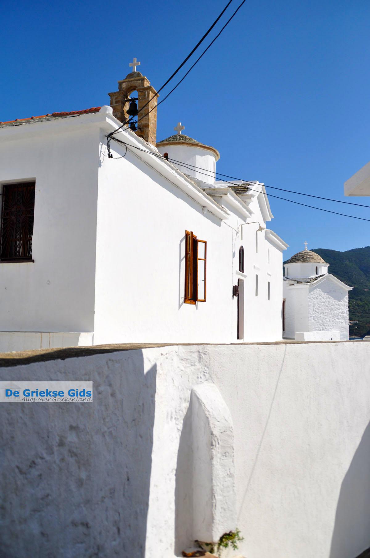 foto Skopelos stad   Sporaden Griekenland foto 26