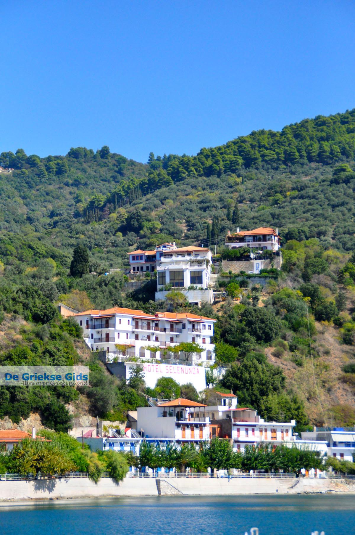 foto Haven Loutraki bij Glossa   Skopelos Sporaden   De Griekse Gids 14