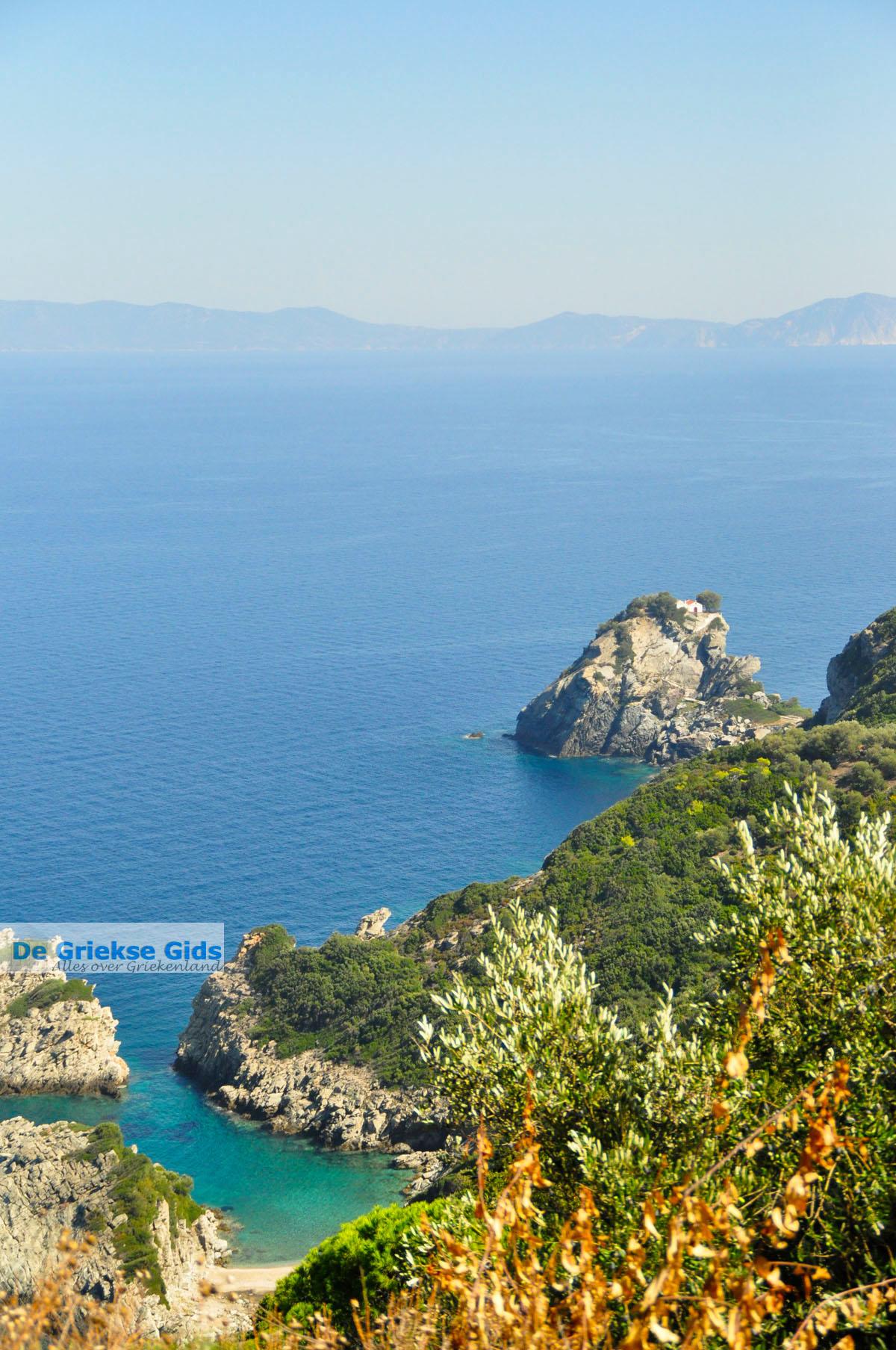 foto Agios Ioannis Kastri | Mamma Mia kerkje Skopelos | Sporaden Griekse Gids 27