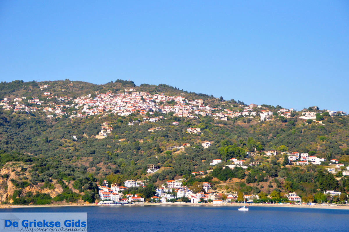 foto Glossa en haven Loutraki Skopelos | Sporaden Griekenland foto 10